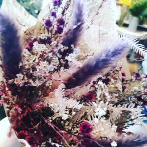 Evighedsbuket fra Aarstidens Blomster