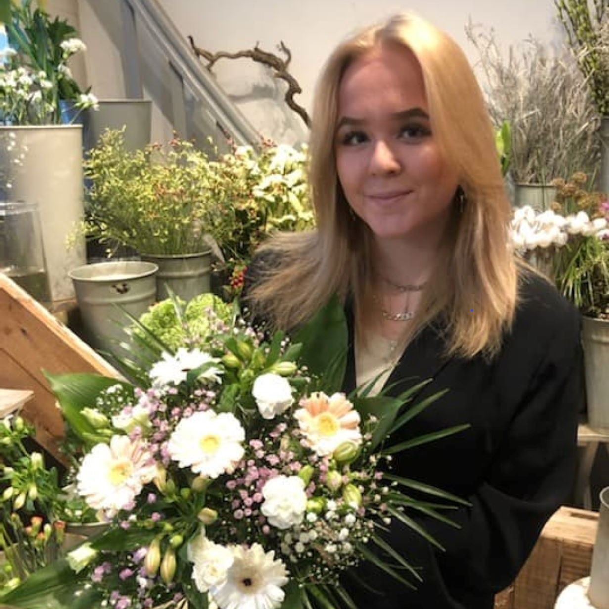 Annika Nikolajsen Aarstidens Blomster