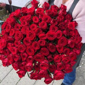 Røde Roser - 100 stk - Den perfekte gave - Aarstidens Blomster